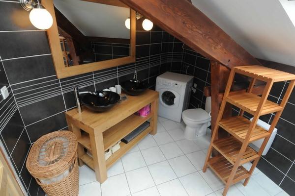 Location appartement haut de gamme le montagne for Salle de bain montagne